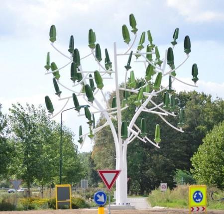 Eerste windenergieboom van Nederland 'geplant'!