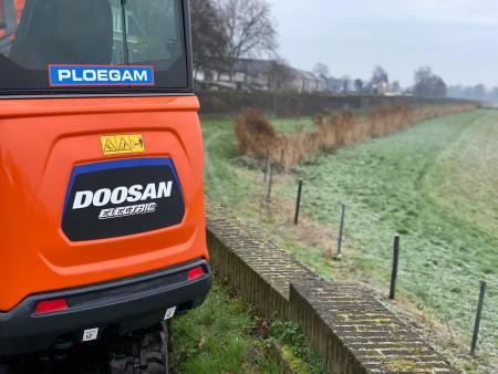 Ploegam werkt mee aan emissieloze dijkenbouw